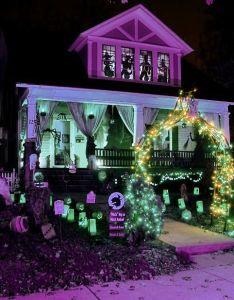 Best Halloween Decorated Houses Near Me Valoblogicom