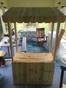 Lemonade Stand Kids Pallet And