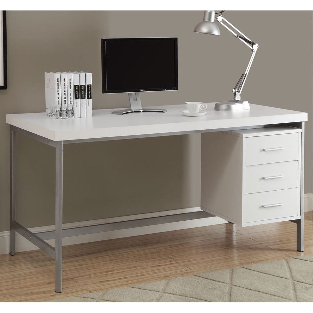 This office desk is ideal for home or business use The