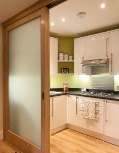 Decoracion cocinas blancas pinterest kitchens ideas para and sliding door also rh