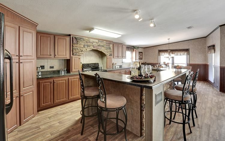 Beautiful Kitchen With An Island Big Enough To Fit Four People! Love
