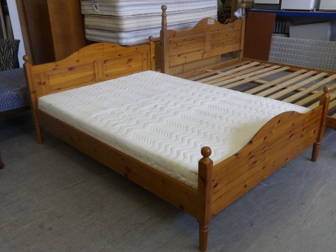 Pine Double Bed Memory Foam Mattress Local Delivery Available 95