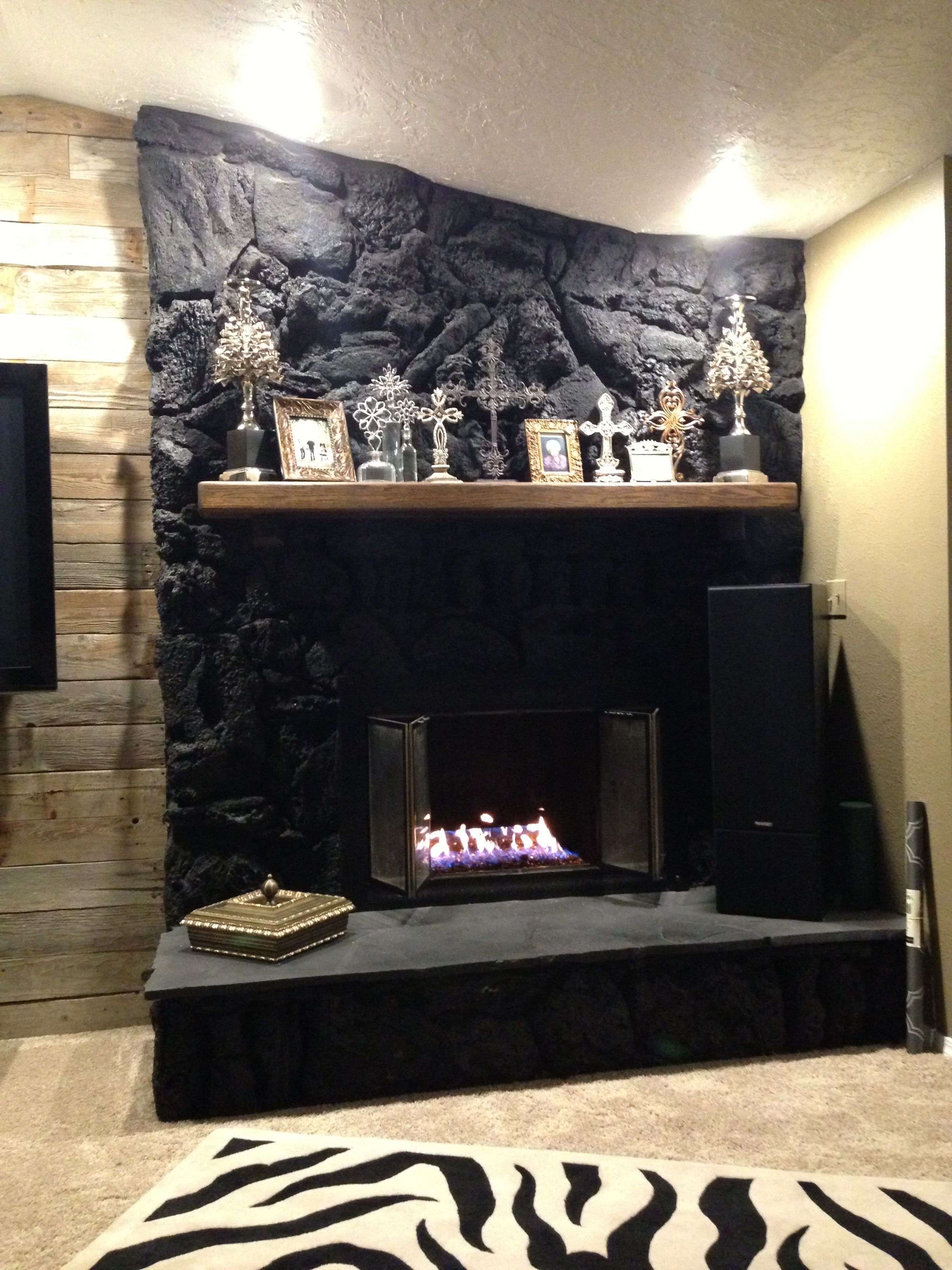 Fireplace Lava Rocks Painted Black Gas Insert With Glass