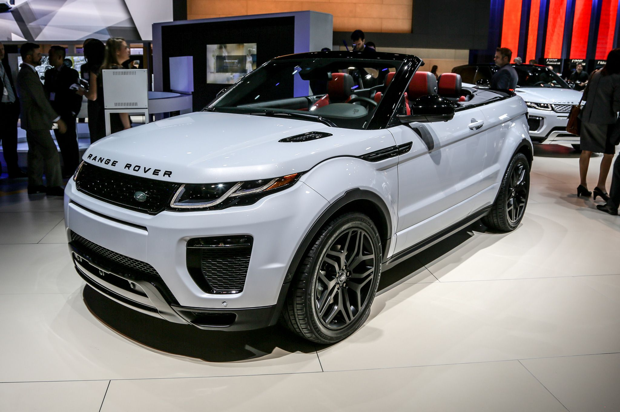 The 2017 Range Rover Evoque convertible made an appearance at the