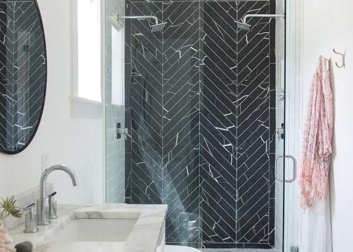 Gorgeous black chevron marble subway tiles actually floor back splash for kitchen also herringbone more ba os pinterest