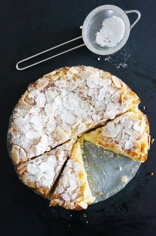 lemon ricotta + almond flourless cake