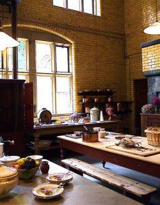 Victorian home interiors bing images also kitchen era houses  decor pinterest rh