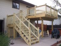 deck stairs with landing | Schody | Pinterest | Deck ...