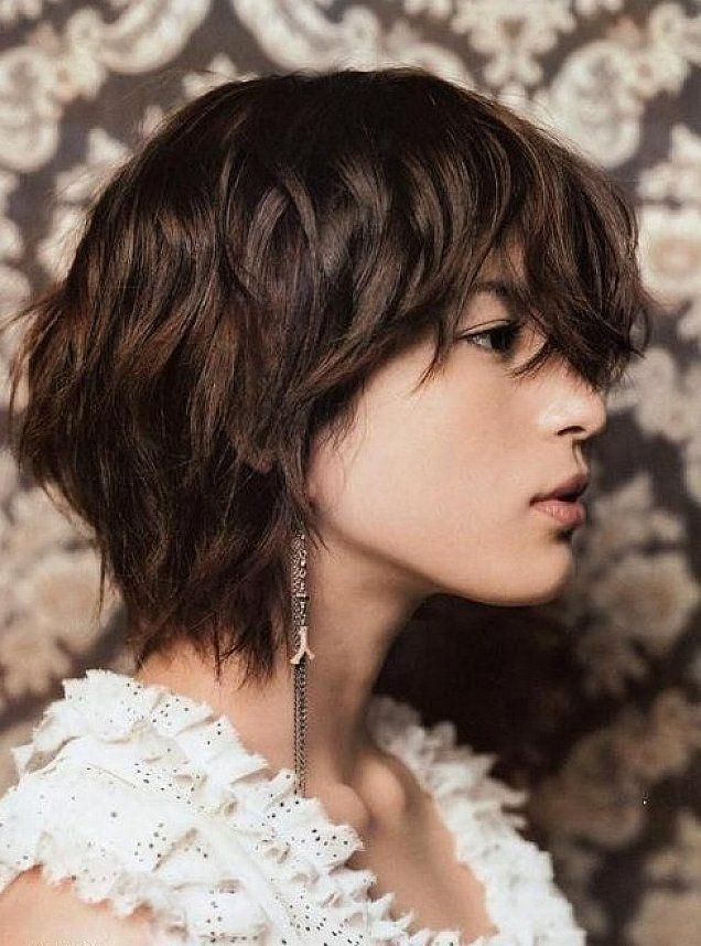 20 Short Sassy Shag Hairstyles Wavy Hairstyles Haircuts For