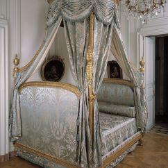 French Canopy Chair Rolling Chairs On Carpet Lit à La Polonaise Musée Cognacq Jay Antique Furniture