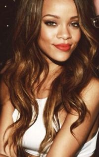 Rihanna's hair color/waves | drops of jupiter in her hair ...