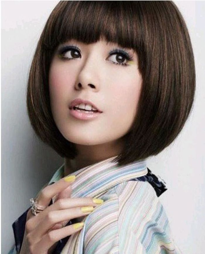 Korean Lovely And Delicate Style Bob Haircut Shape And Neat Bang