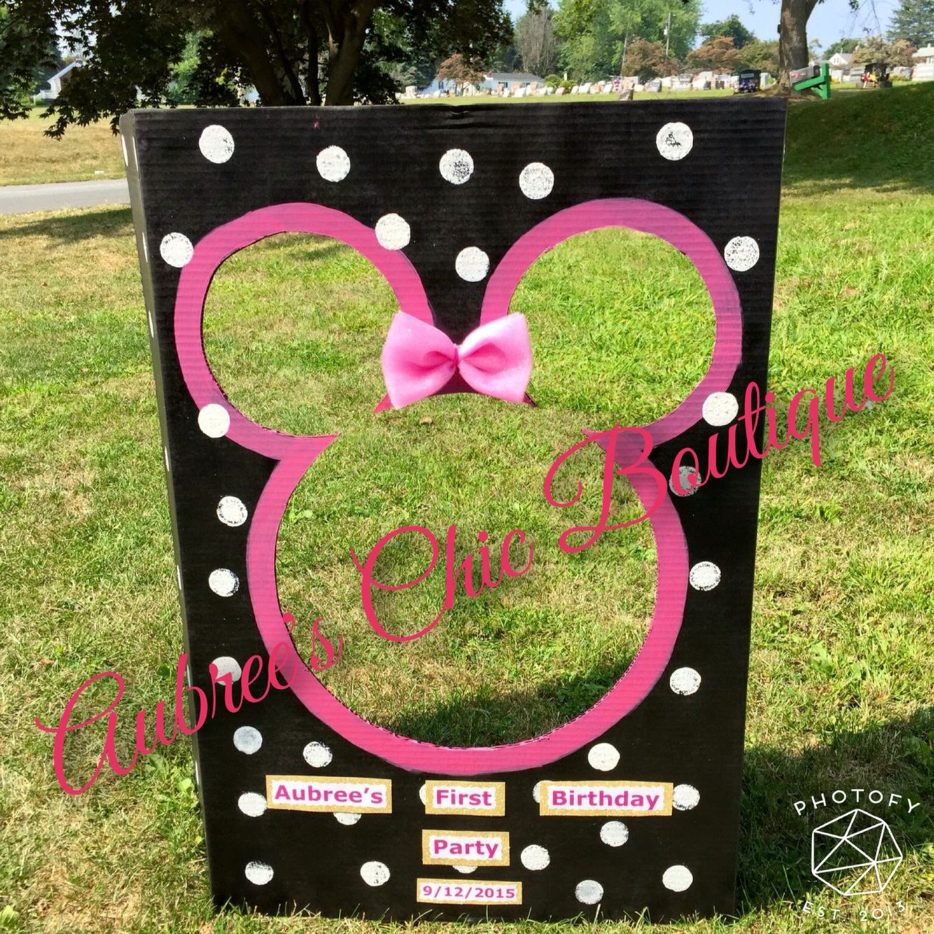 Homemade Minnie Mouse Birthday Decorations