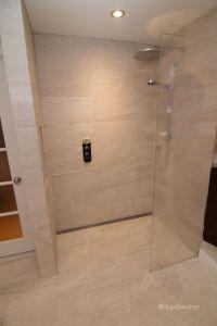 Curbless shower designs - Cramiques Hugo Sanchez ...