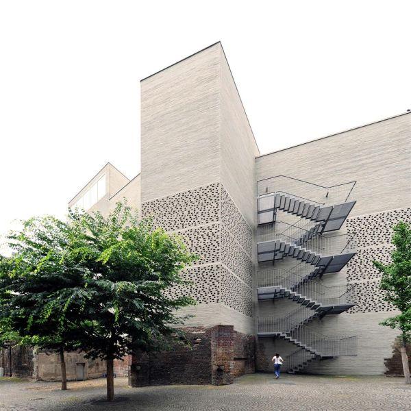 Kolumba Museum Peter Zumthor - 10 Museums And Architecture