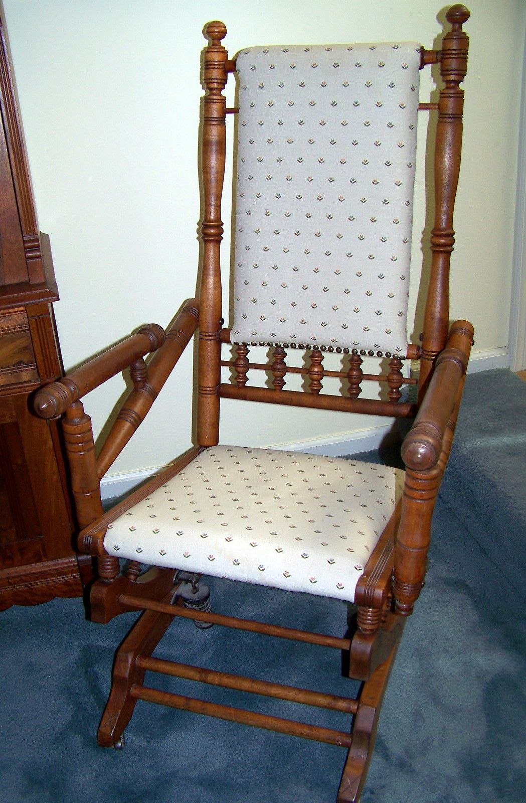 antique platform rocking chair with springs margaritaville beach chairs cvs spindle 1920s maple
