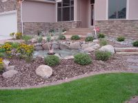 Small Front Yard Landscaping | ... Front Yard Garden With ...