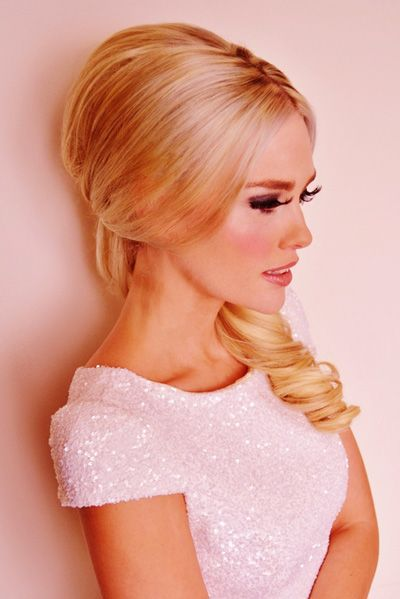 14 Summer Wedding Hairstyles Bouffant Low Ponytail Love The