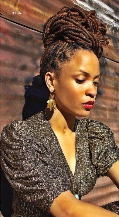 The Touching Black Women s Hair Phenomenon Mini