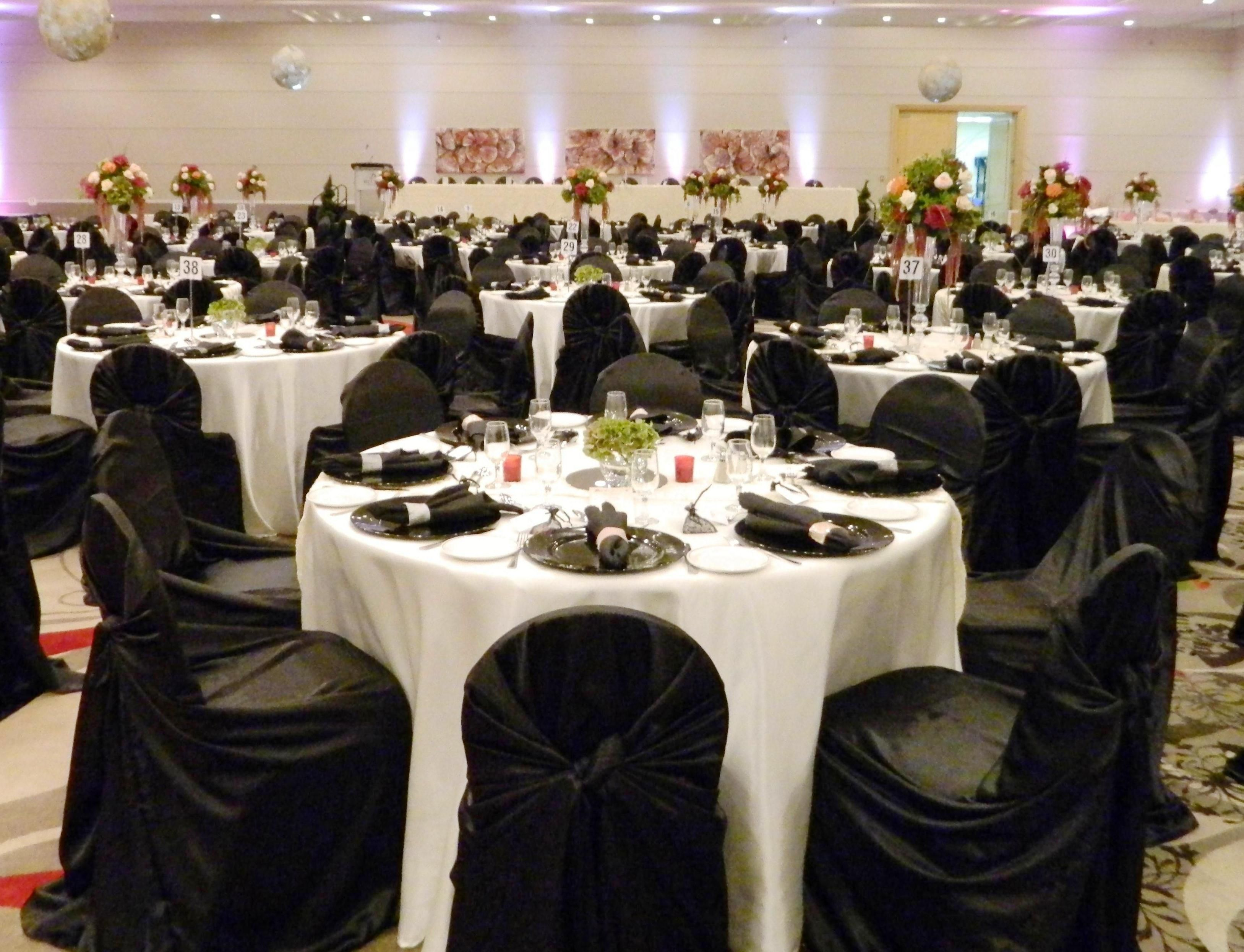 tablecloths and chair covers energy pod price white black runner napkins