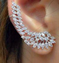 Elegant Swarovski Art Deco ear cuff For party formal ...