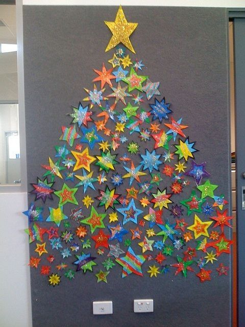 Back to school tree made of stars christmas bulletin board idea classroom door decorations organization also pin by elisabeth on noel pinterest rh uk