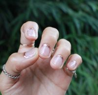 rose gold rimmed nails - reverse french manicure | Dolled ...