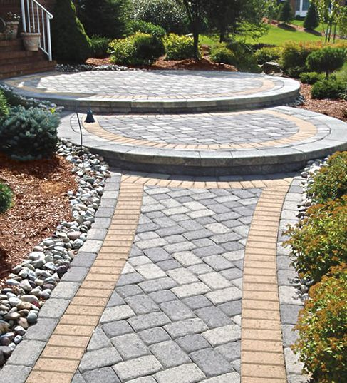 10 Front Walkways For Maximum Curb Appeal Front Walkway Walkway