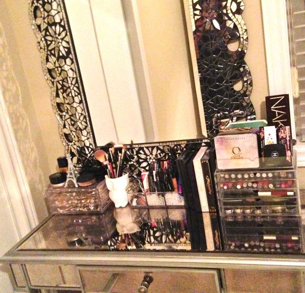 Pier Hayworth Vanity. Makeup Collection And Storage