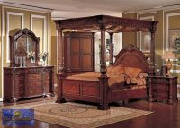 4 pc Cherry finish wood Queen 4 poster bed set with ornate