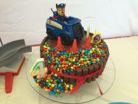 My 4 year old's Paw patrol birthday party kit Kat cake ...