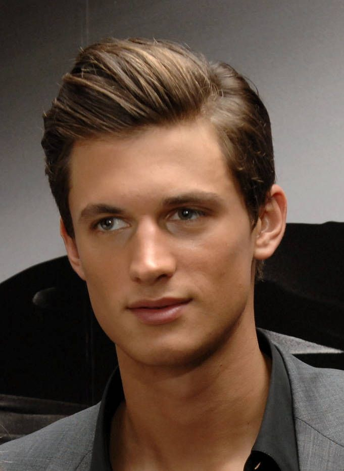Picture Gallery Of Medium Length Men's Hairstyles Menshairstyle