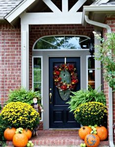 Front door decorations decorating ideas for area also fall entry snout house rescue pinterest doors rh