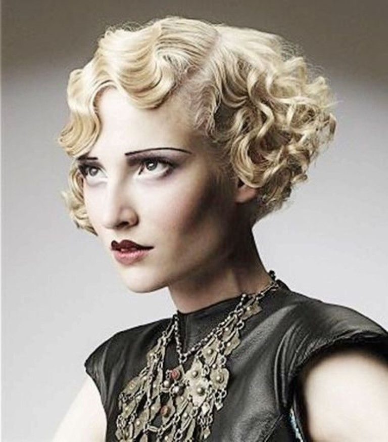 The 1960's Styled Curly Hairdo Super Short Curly Hairstyles