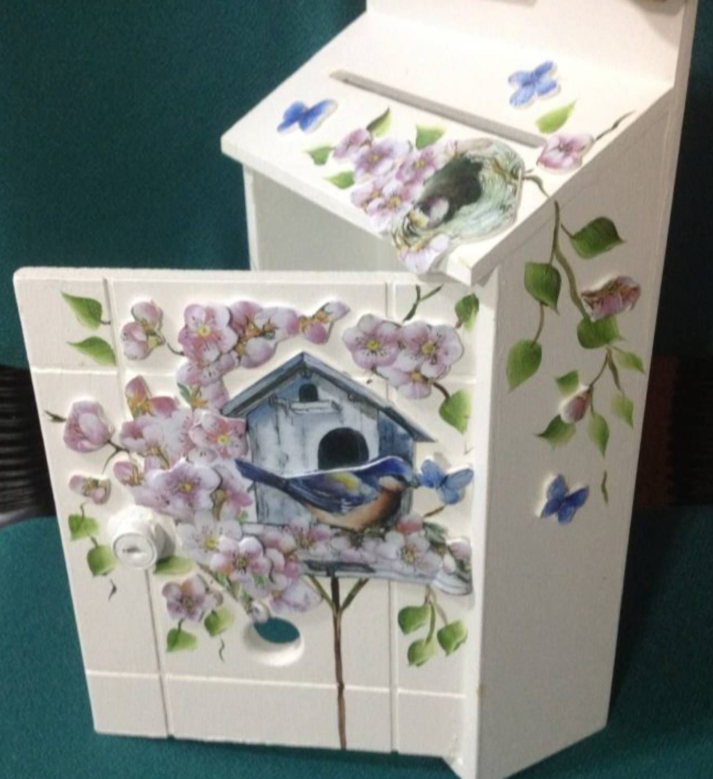 Meral Sanatevi Handmade Painting Craft House Ahşap