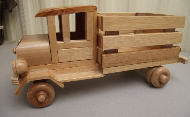 Reclaimed Sturdy Wood Truck Eco Friendly Wooden Toy Car