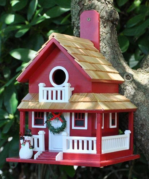 Salvaged Wood Birdhouse Designs Adding Beautiful Yard Decorations