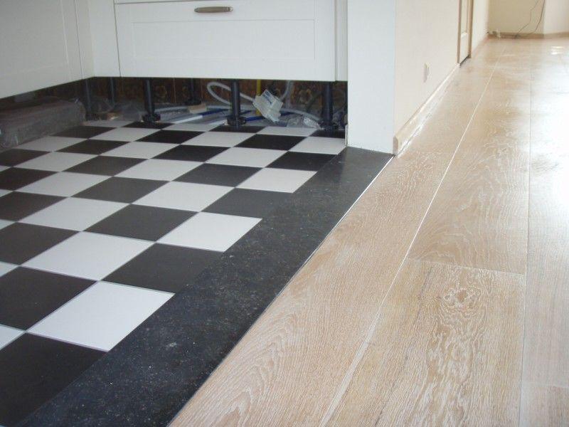 keuken wit houten vloer zwart wit tegels  Google zoeken