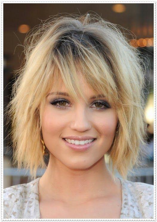 Haarfrisur Mit Kurzen Und Schrägen Pony Frisuren Pinterest