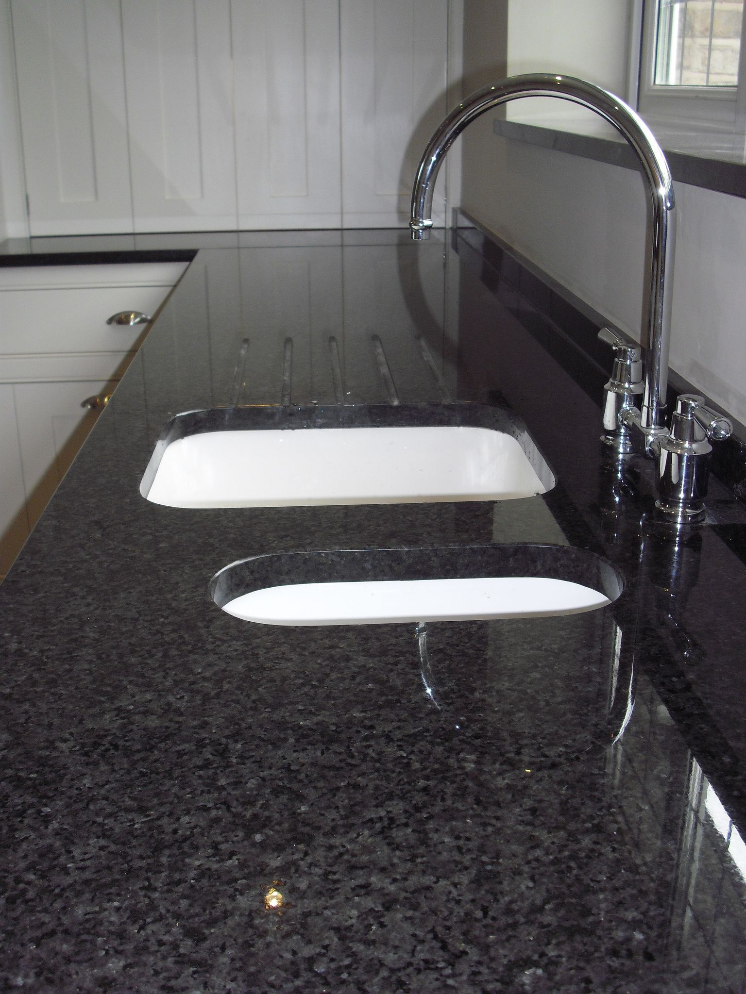 kitchen sink black granite ikea faucets pearl countertop island finished