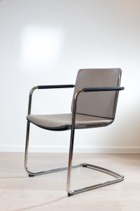 Cantilever chair Neos | Conference and visitor chair | 183 ...