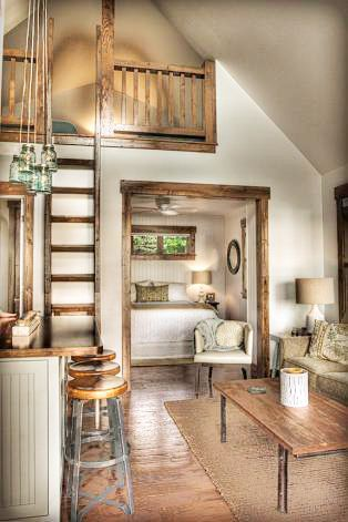 From Brooke Smith Interiors A Guest Cottage On Leech Lake In