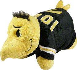 iowa hawkeyes pillow pet 29 99 http www fansedge com iowa