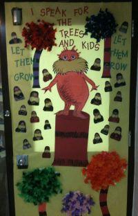 Dr. Seuss door decoration | School | Pinterest
