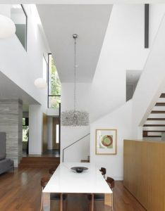 The split house is an imposing residence with  contemporary design it was project by superkul architect and even won excellence award also amazing homefreshome modern merging intimacy rh pinterest