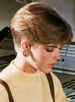 Hamill Wedge Cut Image Of Short 80s Hairstyle Hairstyles