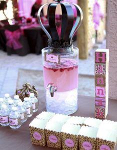 Crown on the drink dispenser great idea party ideas for girlsfun also pinterest rh