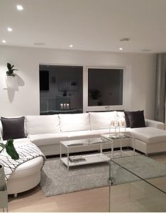 Resten av kvelden tilbringes her white homesapartments decoratinghouse living room interiorbeautiful also home decor ideas  center rh pinterest