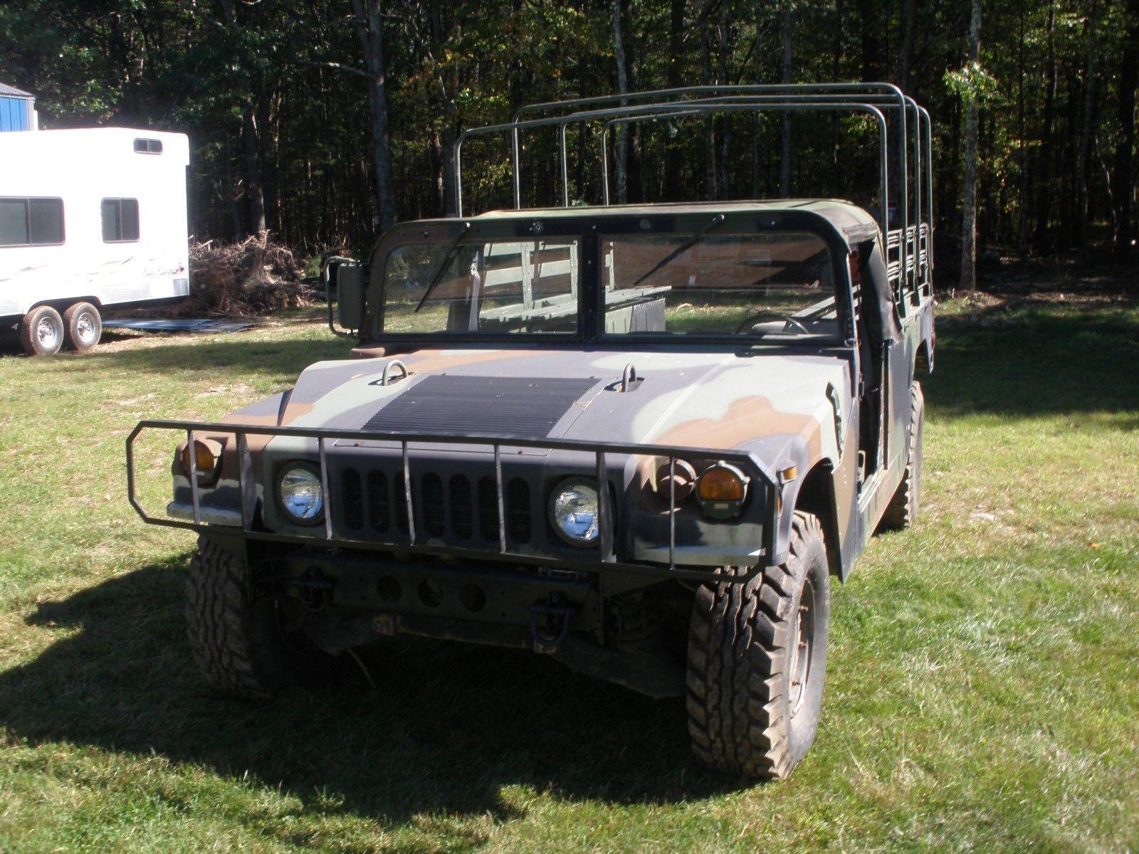 doors missing 1991 Am General Hummer military