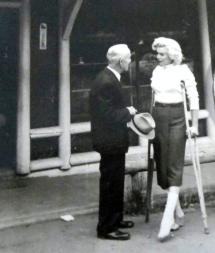 Marilyn Monroe Crutches